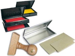 Spezialstempelkissen und Stempelkissen mit Metallgehäuse für Holzstempel und Handfärbestempel online bestellen